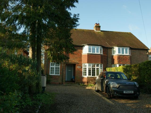 Detached 5 Bedroom House To Rent In Lakes Lane, Beaconsfield, Buckinghamshire, Hp9 On Boomin