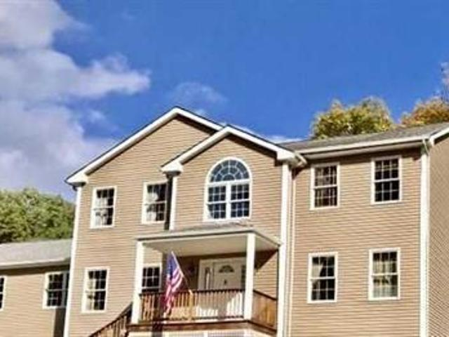 Detached House Pleasant Valley Ny For Sale At 448000