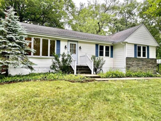 Detached House Rhinebeck Ny For Sale At 399000