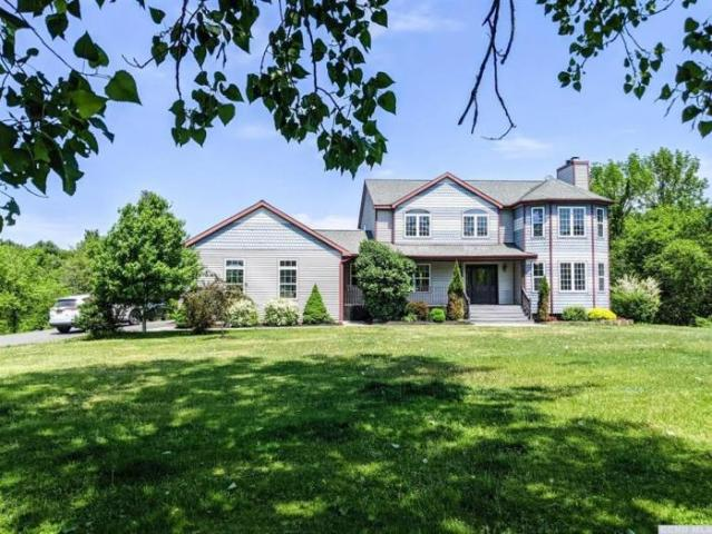Detached House Stuyvesant Ny For Sale At 499900