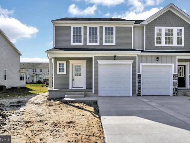 Dover Three Br 2.5 Ba, Brand New 2 Story Townhomes!