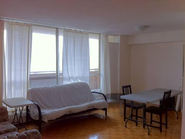 downtown 2 bedroom apartment for rent from may