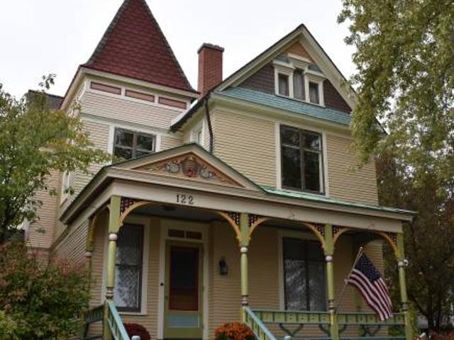Dwntn Grand Haven Single Family House One Block Frm Musical Fountains Grand Haven