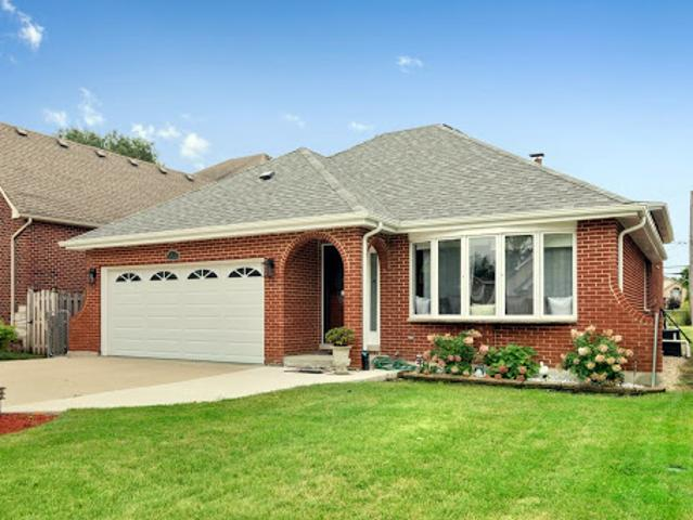 Elmhurst Three Br 2.5 Ba, Amazing Home In The Heart Of With 4