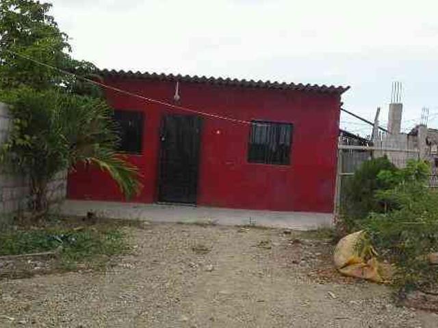 En La Provincia De Santa Elena Canton Salinas
