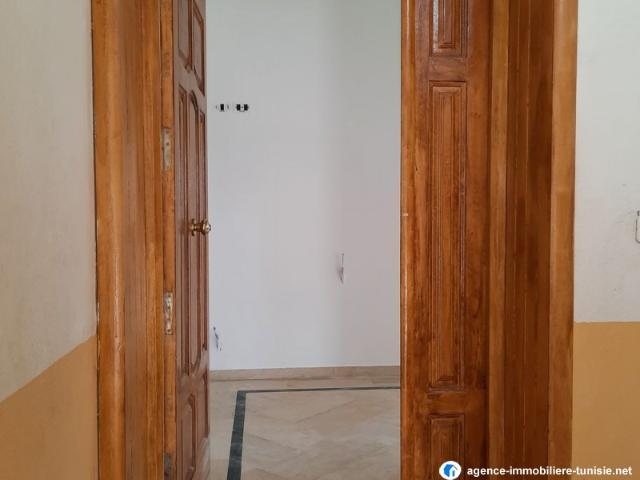 Etage De Villa S+4 A Manouba