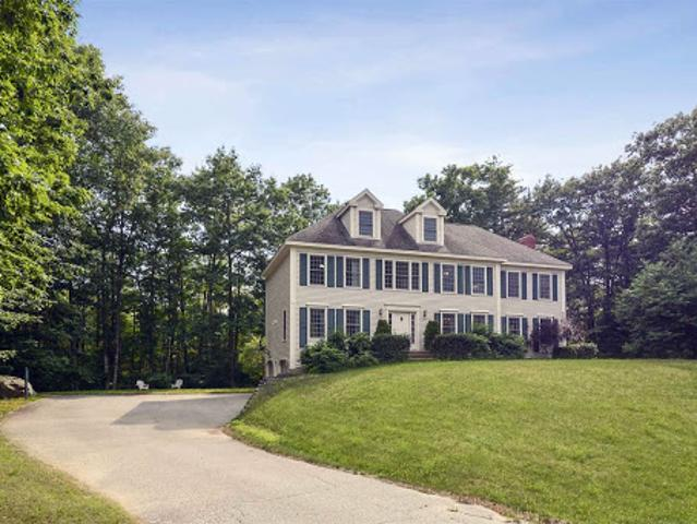 Exeter Four Br 2.5 Ba, Gorgeous Colonial In One Of 's Premier