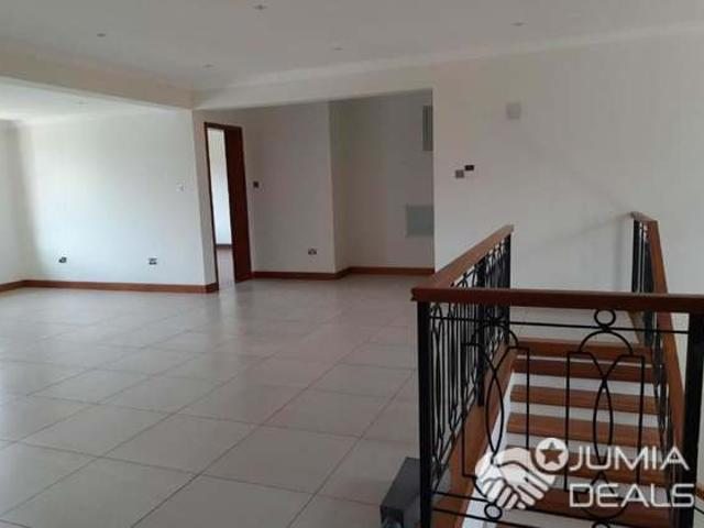 Expansive 5 Bedroom Townhouse For Sale In Kitisuru