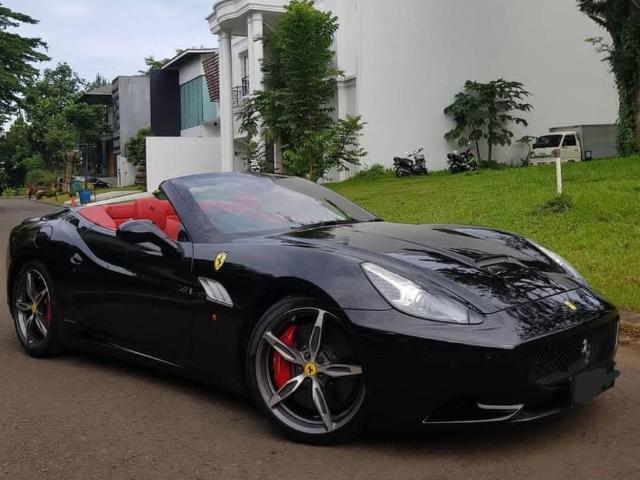 Jual Mobil Ferrari California T Bensin 2015 Jakarta Selatan