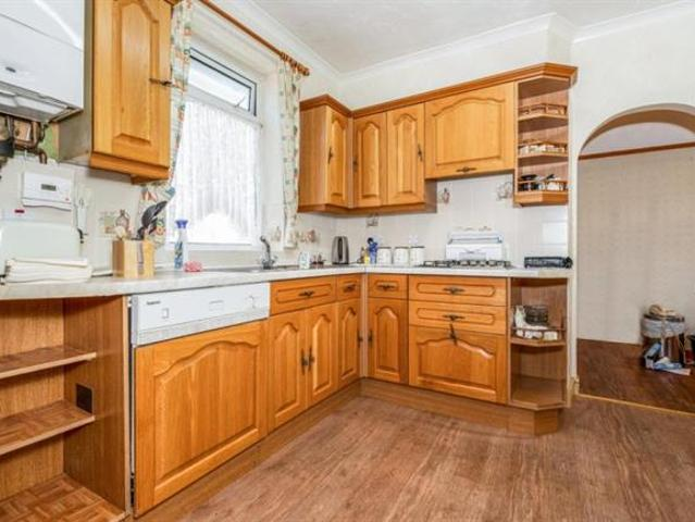 First Avenue, Billacombe, Pl9