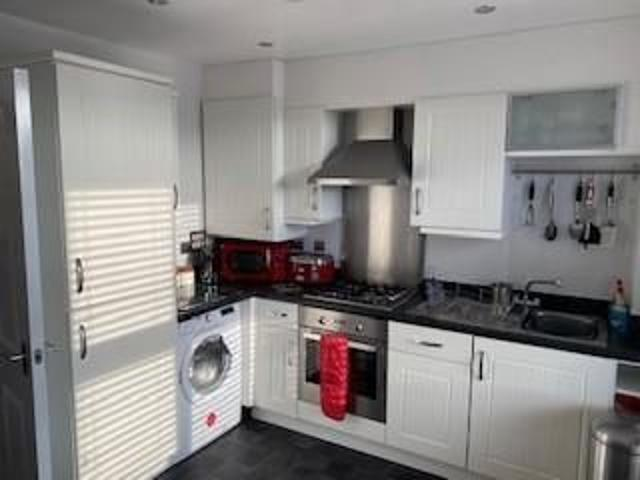 Flat 4 The Spinnakers, 642 Dorchester Road, Weymouth Dt3, 2 Bedroom Flat