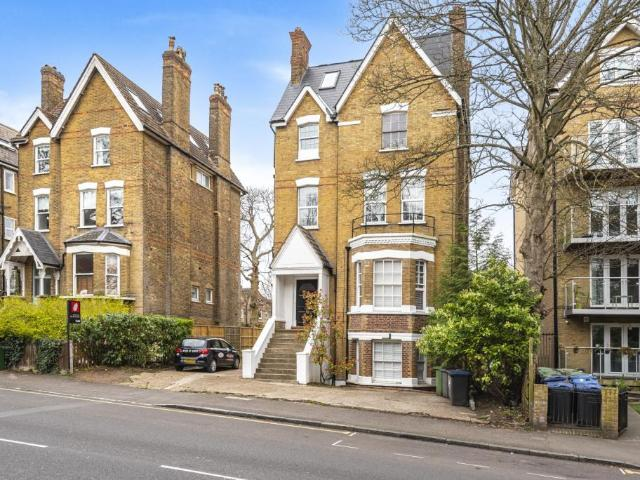 Flat In Crystal Palace Park Road London Se26