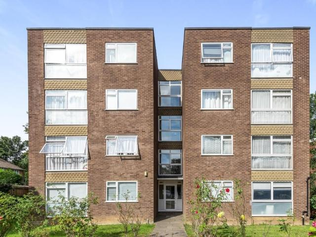 Flat In Maple Road Bromley Se20