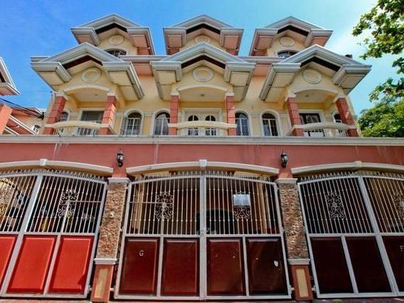 For Rent Townhouse Near Sm Pampanga