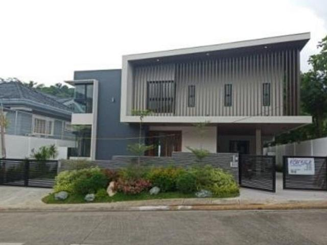For Sale! 5br House And Lot In Ayala Heights