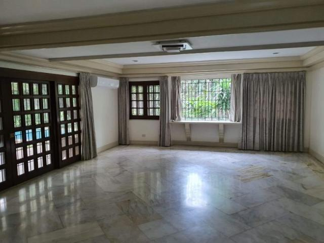 For Sale 6br Residential House In Dasmariñas Village