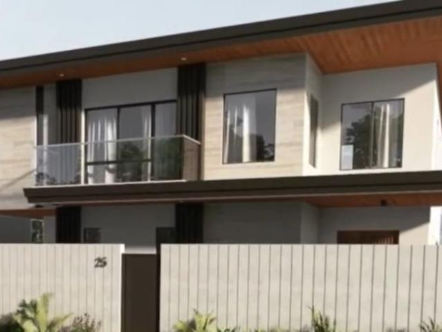For Sale: Bf Home Paranaque, Senior Friendly Brand New House, 4br For Php 27.5m