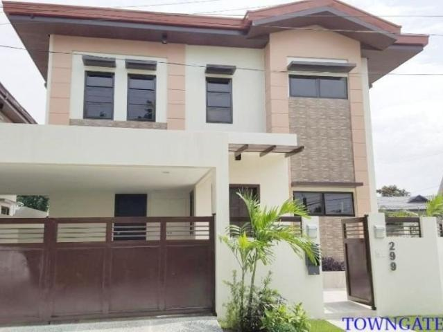 For Sale: Brand New, 2 Story Corner Lot House In Bf Homes