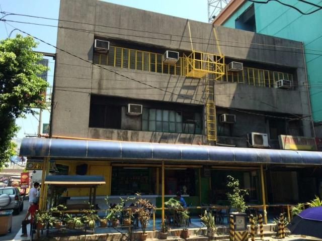 For Sale Commercial Building In Monumento, Caloocan City