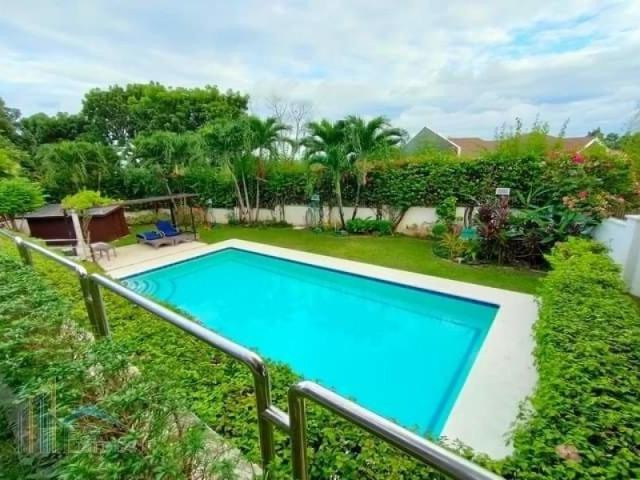 For Sale House With Swimming Pool In Consolacion Cebu