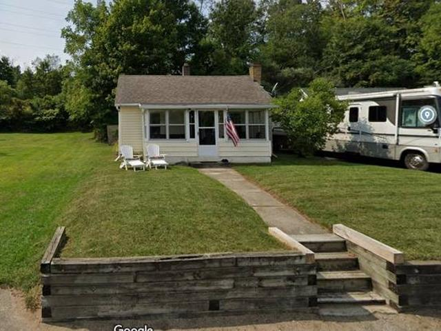 For Sale On Bay Of Gull Lake First Time On Market Gull Lake