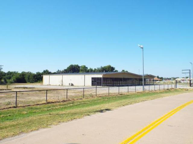 For Sale Store Front, Office Warehouse Enid