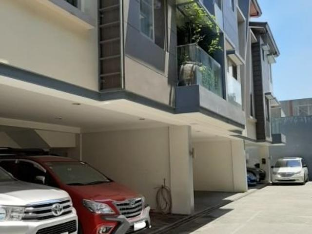 For Sale Townhouse In Mariposa Residences, Quezon City