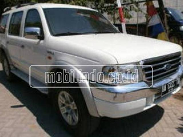 Ford everest xlt mt