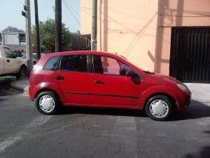 <strong>Ford</strong> <strong>Fiesta</strong> 2004, Manual
