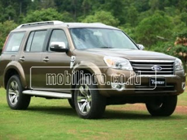 Ford new everest 2 5 tdci 4x4 mt xlt everest 4x4 mt 10 seater