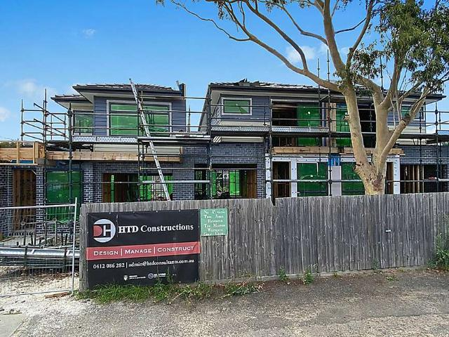 Under Construction To Be Completed Mid August 2021 Brand New Luxury Townhouse In A Peacefu...
