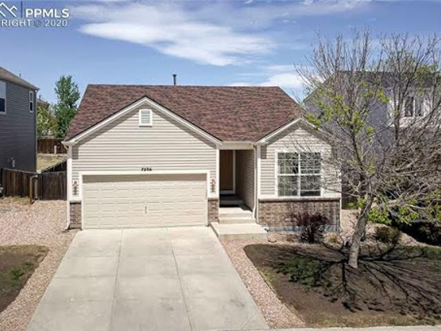 Fountain Three Br Two Ba, Classy And Cozy Rancher With A Great