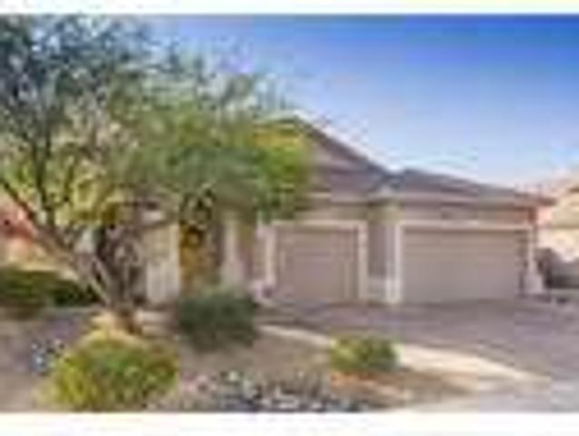 Four Br House Large & Bright. Parking Available!