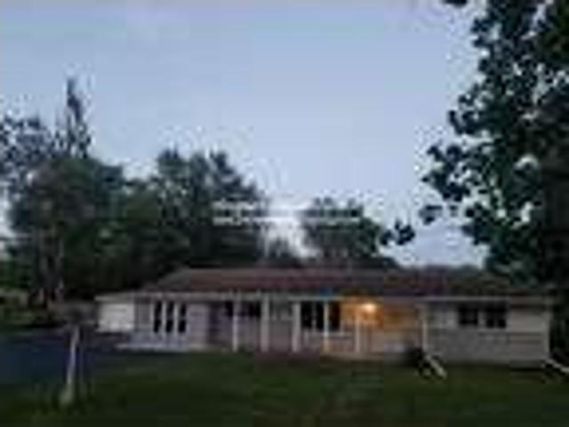Four Br In Country Club Hills Il 60478
