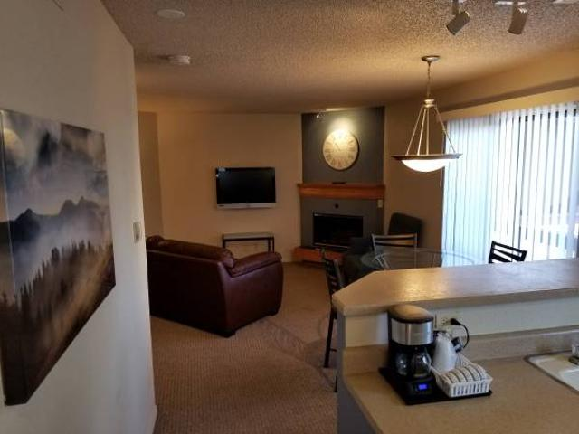 Fully Furnished Monthly Rental In Dtc Recently Remodeled Englewood