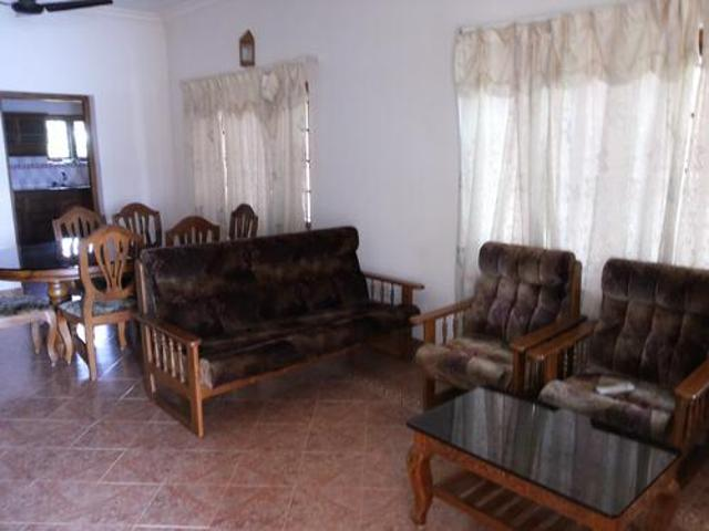 Fully Furnished One Bhk Apartment At Thevara For Short Term