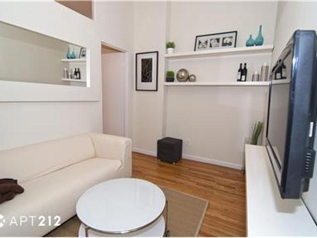 Fully Furnished Rental Sunny 2 Bedroom Apartment