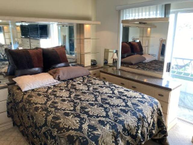 Fully Furnished Room For Rent With Large Private Bath Private Balcony N Hollywood