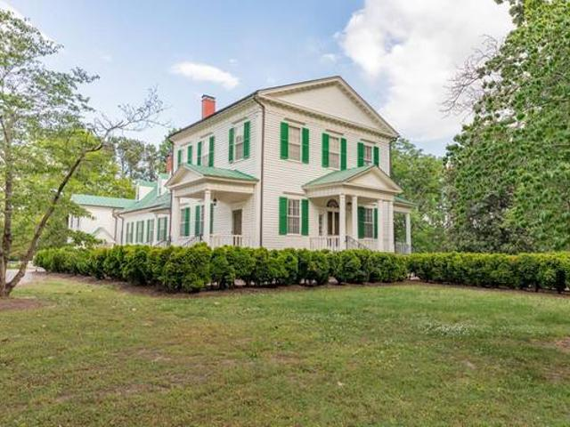 Fully Restored Home On 308 Acres Macon