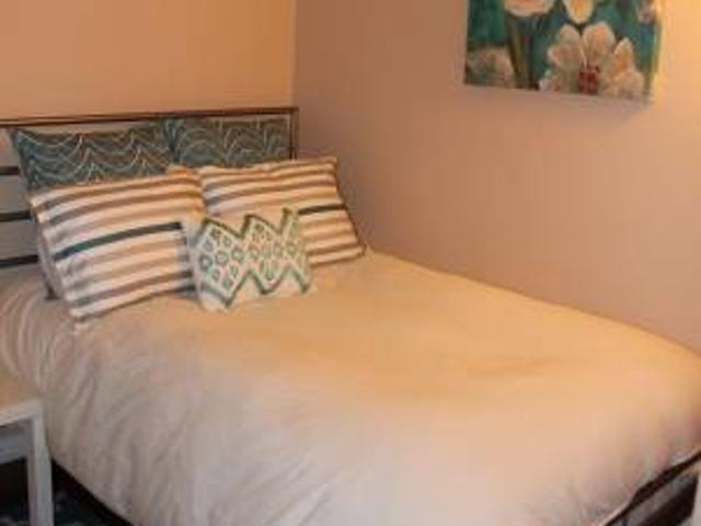 Furnished 11x10 Br Wclosets Located On The Main Floor All Included Hyde Park