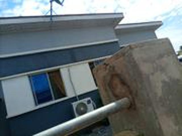 Furnished 3bdrm Bungalow In Treasure Island, Obafemi Owode For Sale