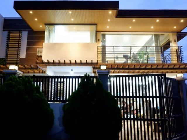 Furnished Corner House In The Heart Of Dasmarinas 6968472