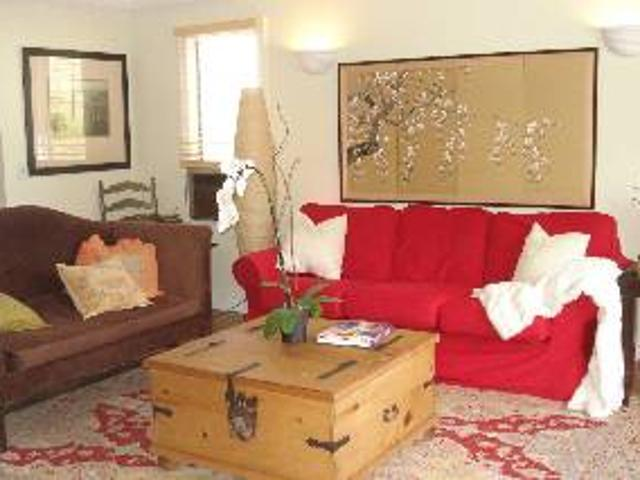 Furnished Stylish Bungalow For Rent In The Trendy Melrose Area Wehohollywood