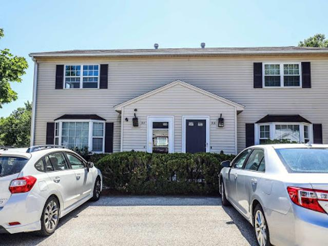 Goffstown Two Br 1.5 Ba, In The Highly Sought After Town Of