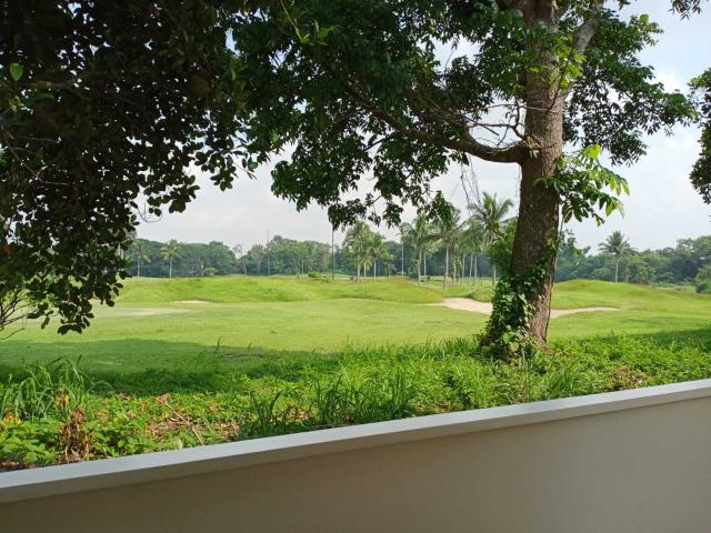 Golf Villas For Sale Beside The Golf Course In Silang, Cavite