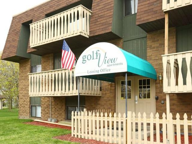Golfview Apartments By The Bay 1777 Golfview Dr, Essexville, Mi 48732