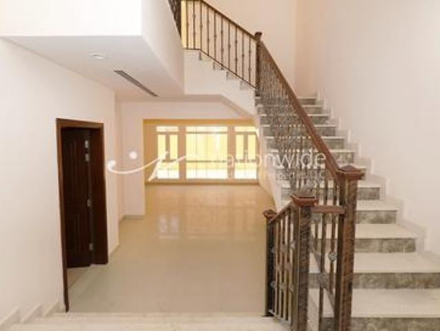 Good Price! Live In This Affordable Family Home