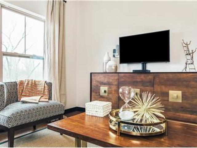 Gorgeous Furnished Rental All Utilities Included