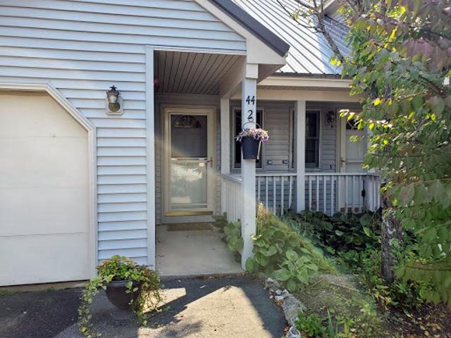 Gorham Two Br 1.5 Ba, Townhouse Style Condo W/newer Gas