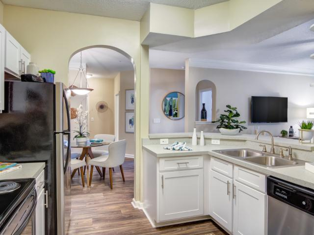 Grande Club Apartments 2 Bedroom Apartment For Rent At 3740 Club Dr, Duluth, Ga 30096